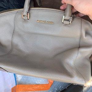Chic Michael Kors Bag
